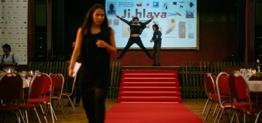 Kulturní podzim na Vysočině: čtvrtstoletí fiXy, best of z nového divadla i tradiční festival dokumentů