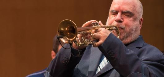 Přehlídka jazzu a world music vyvrcholí vystoupením Američana Randyho Breckera se slovenským AMC Triem