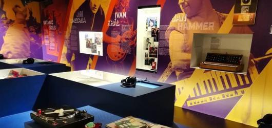 Rock'n'roll byl všude. Popmusic v Československu 60. až 80. let přibližuje výstava v Národním muzeu