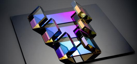 Autorské sklo v rozmanitých podobách vystaví Uměleckoprůmyslové museum do konce roku