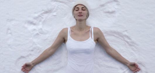 Barbora Poláková sice mrzne ve svém novém klipu, ale na duši ji hřejí tři nominace na Ceny Anděl