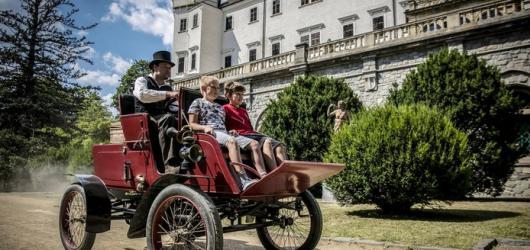 Letní hrady a zámky: nejlepší programy ve středních Čechách