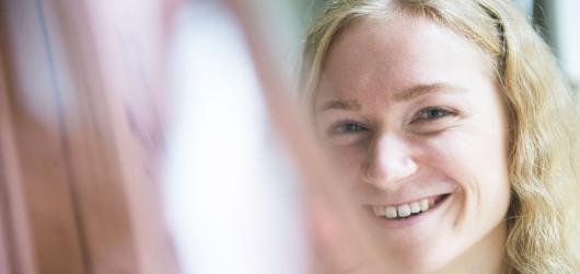 #NováGenerace: Sklu jsem propadla úplně, říká mladá a osobitá designérka Anna Jožová