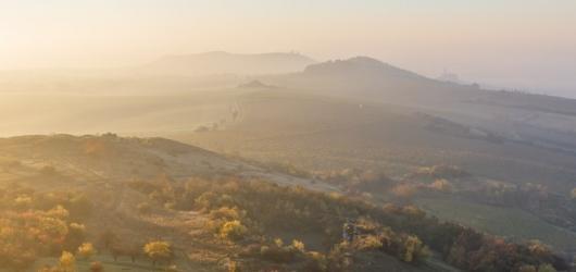 Podzimní výstavy na Moravě: Věstonická venuše poprvé v Olomouci i malebná Pálava