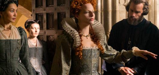 Dva úctyhodné herecké výkony oblečené do přenádherných šatů. Jinak ale Marie, královna skotská nabízí jen zklamání