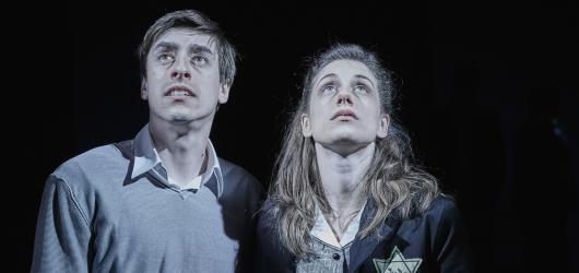 Romeo, Julie a tma v Dlouhé aneb Působivé provedení maturitní četby