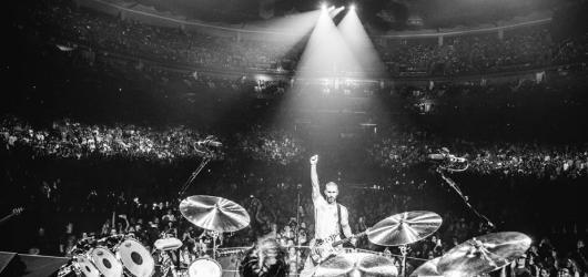 Cukr v žilách návštěvníkům hořkl. Maroon 5 přivezli podprůměrný hudební zážitek