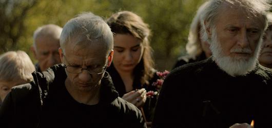 Na filmovém festivalu ve Varech zvítězila tragikomedie Otec, cenu diváků si odnesl dokument Sommerové o Jiřím Suchém