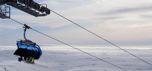 Kam na lyže v Krkonoších? Nejlepší zimní střediska, ve kterých si užijete zimní radovánky i zasloužený odpočinek