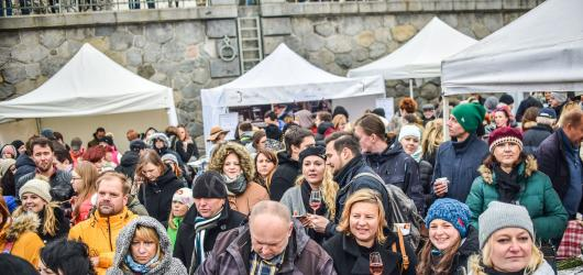 Pojídání svatomartinské husy, degustace vína nebo lampionový průvod. Jak v Praze oslavit svátek Svatého Martina?