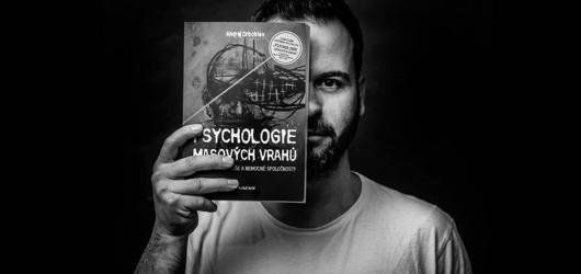 Andrej Drbohlav se vrací s přednáškami Psychologie masových vrahů, obrazí 19 měst