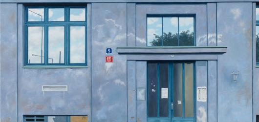 Vzpomínky Ivany Lomové na normalizační Prahu. Přehlídku fotorealistických maleb hostí DOX