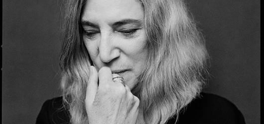 Koncerty Patti Smith a Nicka Masona se odkládají na příští rok