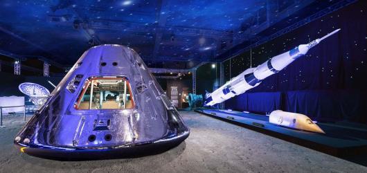 SOUTĚŽ: Vydejte se do vesmíru na znovuotevřené pražské výstavě Cosmos Discovery