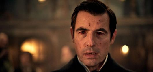 Dracula: Originální adaptace klasiky se šarmantním upírem Bangem