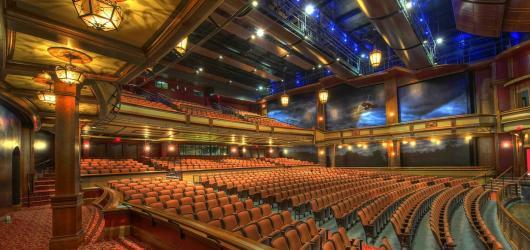 Divadla nekončí, jsou na příjmu. Sledujte streamovací služby