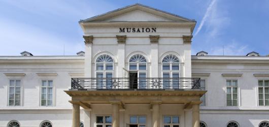 Pražské galerie a muzea nabídnou o víkendu a v pondělí vstup zdarma
