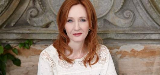 Nová pohádka J. K. Rowlingové vychází zdarma online. Knižní verzi mohou ilustrovat i vaše děti