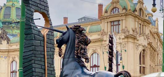 SOUTĚŽ: Navštivte znovuotevřenou expozici soch Salvadora Dalího v Praze