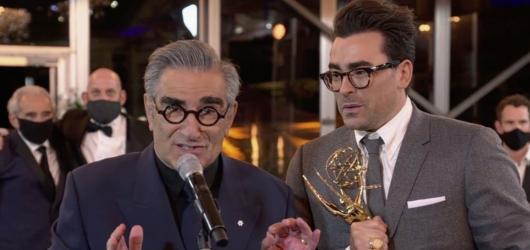 Televizní Emmy ovládla realistická komiksovka Watchmen, komedii kraloval kanadský Schitt\'s Creek