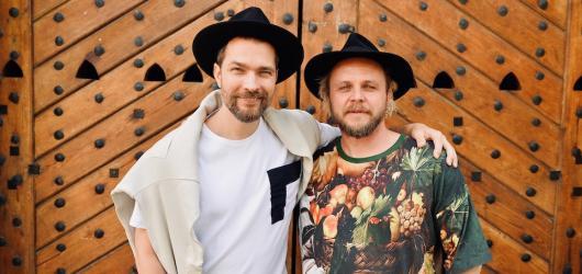 Buďme spolu. Letní Letná Light spojí dva nejlepší české soubory nového cirkusu