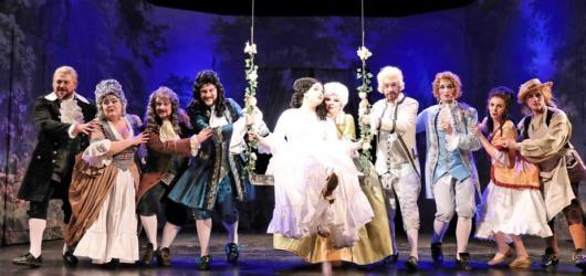 Figarova svatba Slezského divadla je svěží a dynamickou inscenací se silnými pěveckými výkony