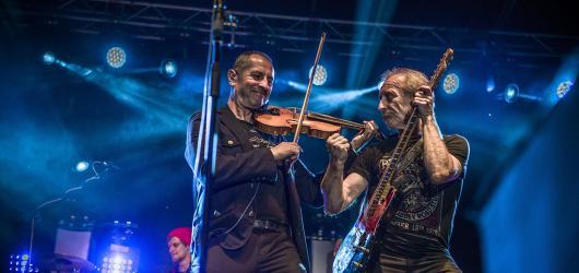 Karel Holas z Čechomoru: Na turné se přiblížíme zvuku připravovaného alba