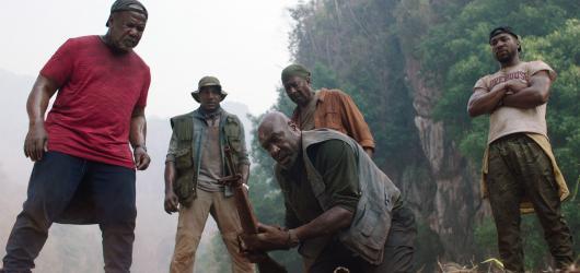 Bratrstvo pěti představuje jizvy nekončící války. Doposud nejambicióznější snímek Spikea Leeho nabízí reflexivní pohled na válku ve Vietnamu očima Afroameričanů