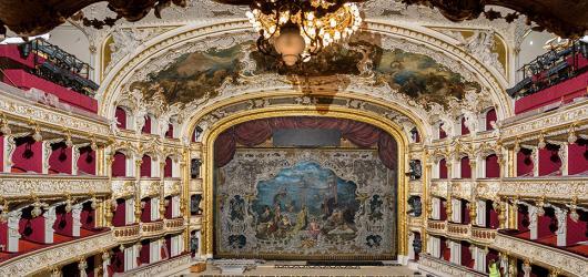 Státní opera v novém. Scéna letos uvede Spící krasavici, Mistry pěvce norimberské i Fidelia