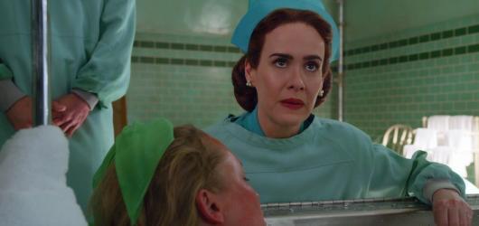 Jak se zrodila legendární Velká sestra Ratched? Netflix přinese prequel k Přeletu nad kukaččím hnízdem