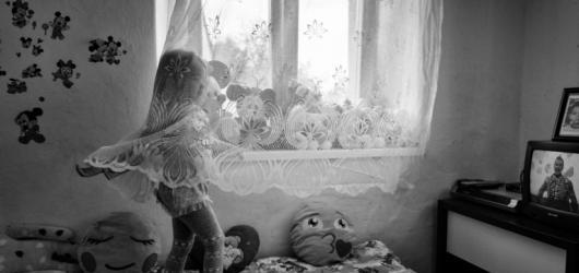 Spolek českých dokumentárních fotografů 400 ASA vystavuje v pražském Domě fotografie