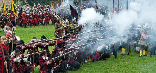 Rekonstrukce slavných bitev: rytíři, husité i Napoleon
