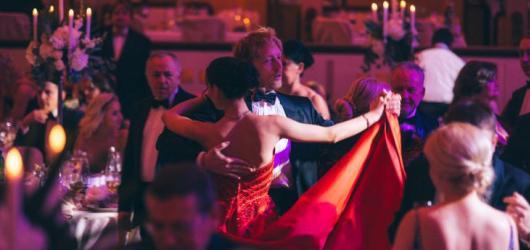 Začíná plesová sezóna. Kde si v Praze během zimy i jara zatancovat?