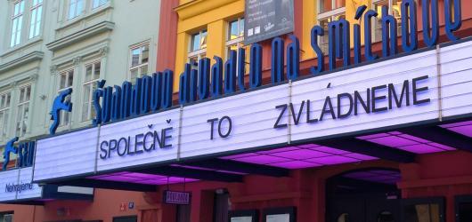 Švandovo divadlo chystá premiéry klasických děl, ale i upírskou romanci a provokativní tituly o klimatu a #MeToo