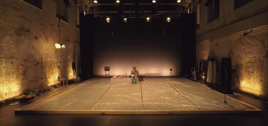 Cirk La Putyka zahajuje nepřetržité online maratony performancí Umělec v izolaci