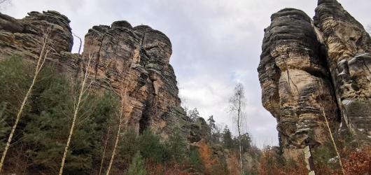 Výlety do přírody: Za vyhlídkami do zimních Prachovských skal