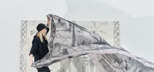 Ta feminní malba. Trafo Gallery představuje tvorbu polistopadových výtvarnic
