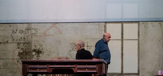 Mezinárodní festival Divadlo zahájil v Plzni pětihodinový divadelní opus Austerlitz