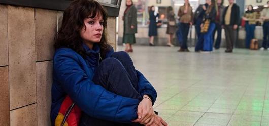 Adaptace slavného drogového románu My děti ze stanice Zoo míří na HBO GO