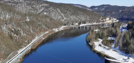 Výlety autem: okolím Příbrami za Makovou horou, přehradou Orlík a čtyřmi zámky