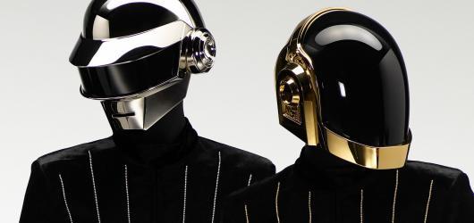 28 let a konec! Legendární hudební duo Daft Punk se loučí s fanoušky