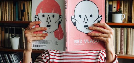Nejlepším domácím komiksem je autobiografická kniha Bez vlasů