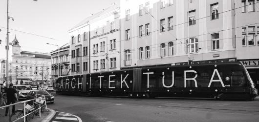 Humbook, Kotěrova architektura i Baudelairovi následovníci. Přinášíme kulturní tipy na týden od 27. září do 3. října