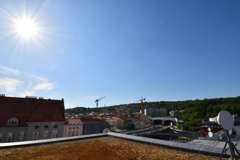 Nebo si prohlížet pražská panoramata ze sídla společnosti Seznam.cz. (Foto: Barbora Bittnerová)