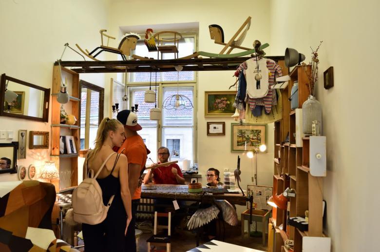 Prague Design Week přes víkend znovu lákal návštěvníky na to nejlepší z české i zahraniční produkce